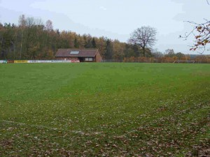 Sportplatz Tannenworth (A-Platz) mit Umkleidegebäude